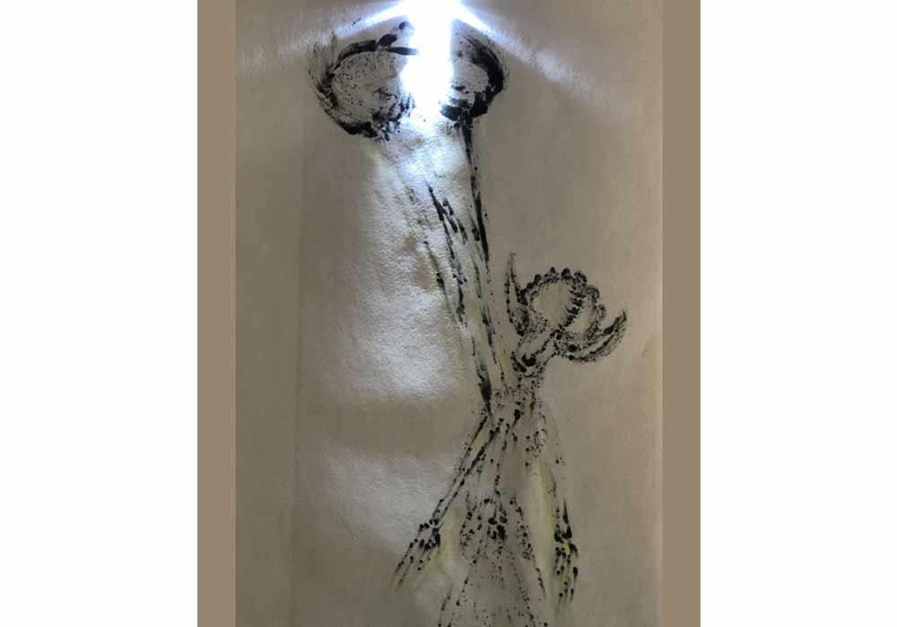 Segede Demissie - 3 alien using solarsystem - MT-Galerie